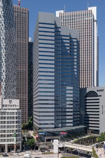 Shinjuku-Ltower-Building-01.jpg